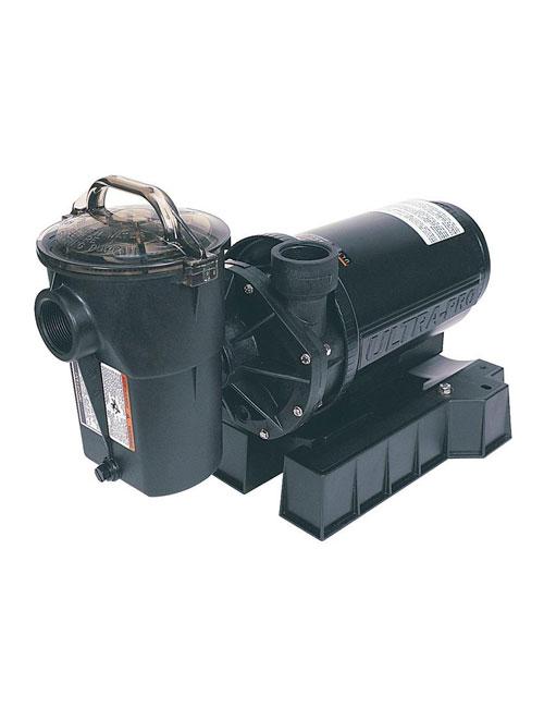 Procurez-vous la pompe Ultra-Pro LX de Hayward chez Au Coin du Feu.